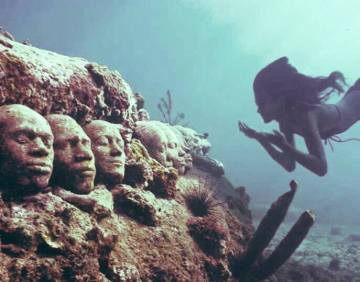 treading-water-mermaid